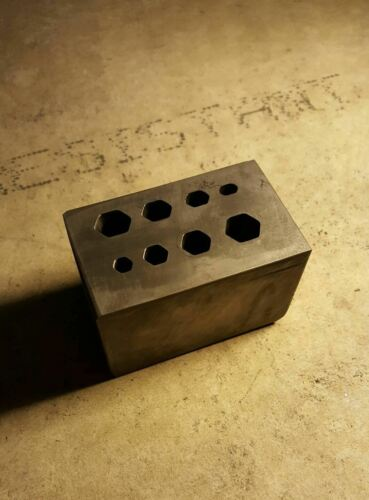 Graphite Mold: Crystal Mold