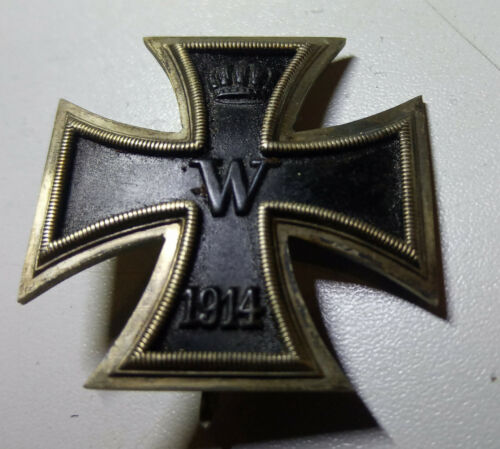 Original German WW 1 Iron Cross 1. Class - curved type