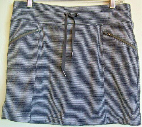ATHLETA Metro Skort Women's Small - Gray-White Stripe, Drawstring, 4 Pockets