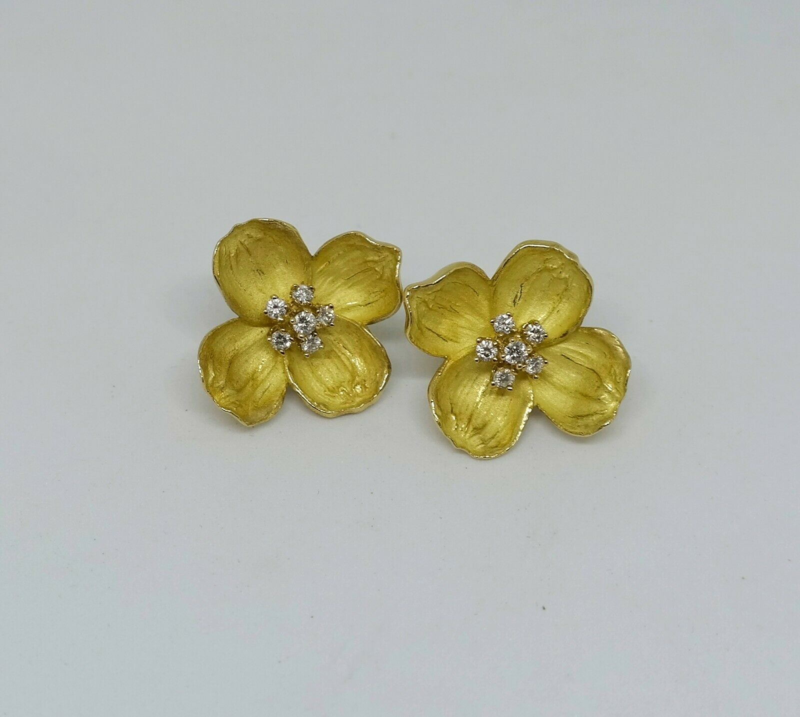 Tiffany & Co. Flower Earrings with Diamonds, 18K Yellow Gold, Clip-On Style