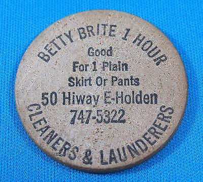 Betty Brite Cleaners Launderers Advertising Wooden Nickel Token Warrensburg MO](Betty Brite)
