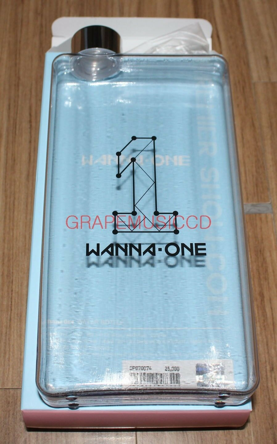 Wanna one premier show con official goods water book bottle new