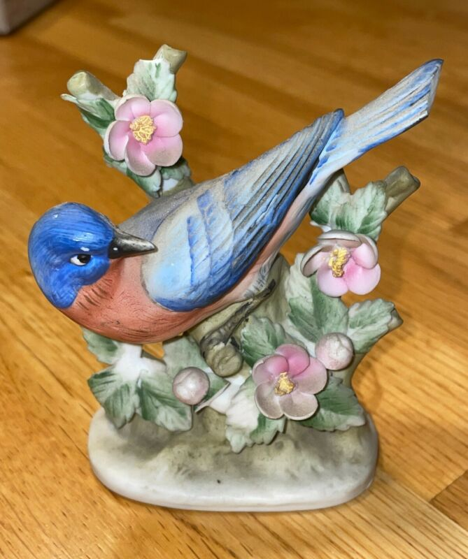 PRE OWNED: Hand Painted Lefton China Blue Bird Figurine; item#: KW464N