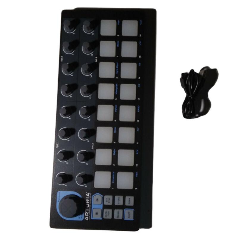 Arturia BeatStep USB/MIDI/CV Controller and Sequencer Black Edition