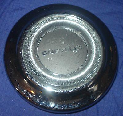 BH103 1967 Chevrolet Chevy Chev Chevelle Horn Button Steering Wheel Center Cap