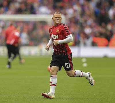 Wayne Rooney: Seit ein paar Jahren wieder mit Haaren. (Bild: imago)