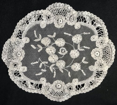 Gorgeous Antique Bobbin Lace Embroidery on Veil Oval Doily Floral Pattern 8 x 7""