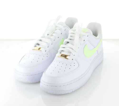 R50 NEW $90 Women's Sz 7 M Nike Air Force 1 '07 Leather Low Top Sneaker