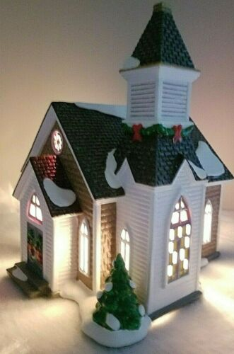 Department 56 Snow Village- Woodlake Chapel (set of 2) #55068 New Retired💖