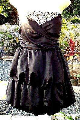 Bubble Wrap Kleid (NWT 2B BEBE Black Wrap Sequin Bubble Strapless Prom Dress M Medium NEW)