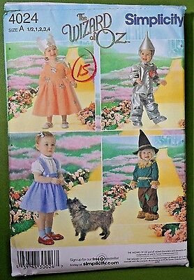 Wizard of Oz costume patterns Simplicity 4024 Sz A child toddler Halloween NEW ](Wizard Of Oz Halloween Costume Patterns)