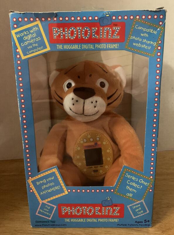 PHOTOKINZ Huggable Plush Digital Photo Frame Toy - Rocket The Tiger. NEW