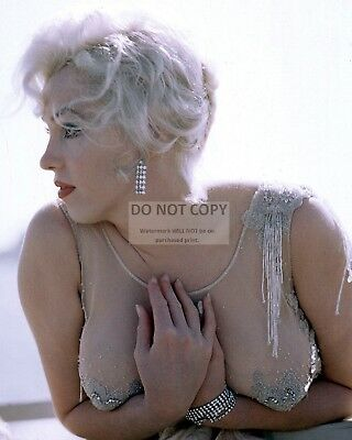 Marilyn Monroe Iconic Sex Symbol And Actress   8X10 Publicity Photo  Ab 661