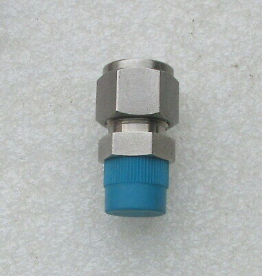 Swagelok 12 Stainless Steel Tube Fitting Ss-810-1-6 Several Avail New