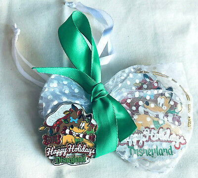 Disney Christmas PIn and Ornament Happy Holidays Pluto 2014 Press Guest Gift