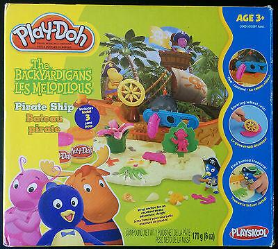 Play-Doh Playskool The Backyardigans Pirate Ship 20601 from 2007 Hasbro Set