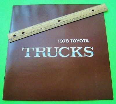 1978 TOYOTA PICK-UP TRUCKS HUGE COLOR CATALOG Brochure SR-5 SPORT 16-pgs nr-MINT
