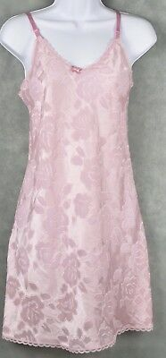 VINTAGE UNDERCOVER WEAR Pink LINGERIE NIGHTGOWN SIZE Small