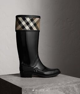 Burberry Rain Boots Size 40 (US10)