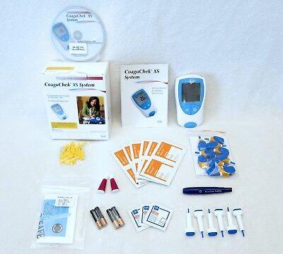 ROCHE COAGUCHEK XS PT/INR METER MONITOR TESTING KIT + LANCETS, ETC