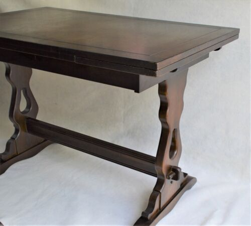 ANTIQUE ENGLISH WALNUT EXTENDING DINING KITCHEN  TABLE MISSION STYLE LEGS  69""