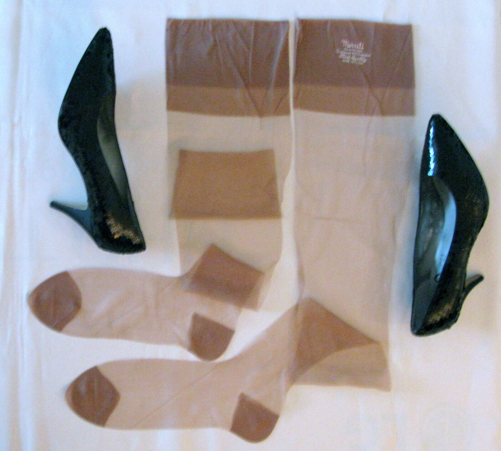 Vintage Style Flat Knit 100/% Nylon Backseam RHT Simply Classic Stockings