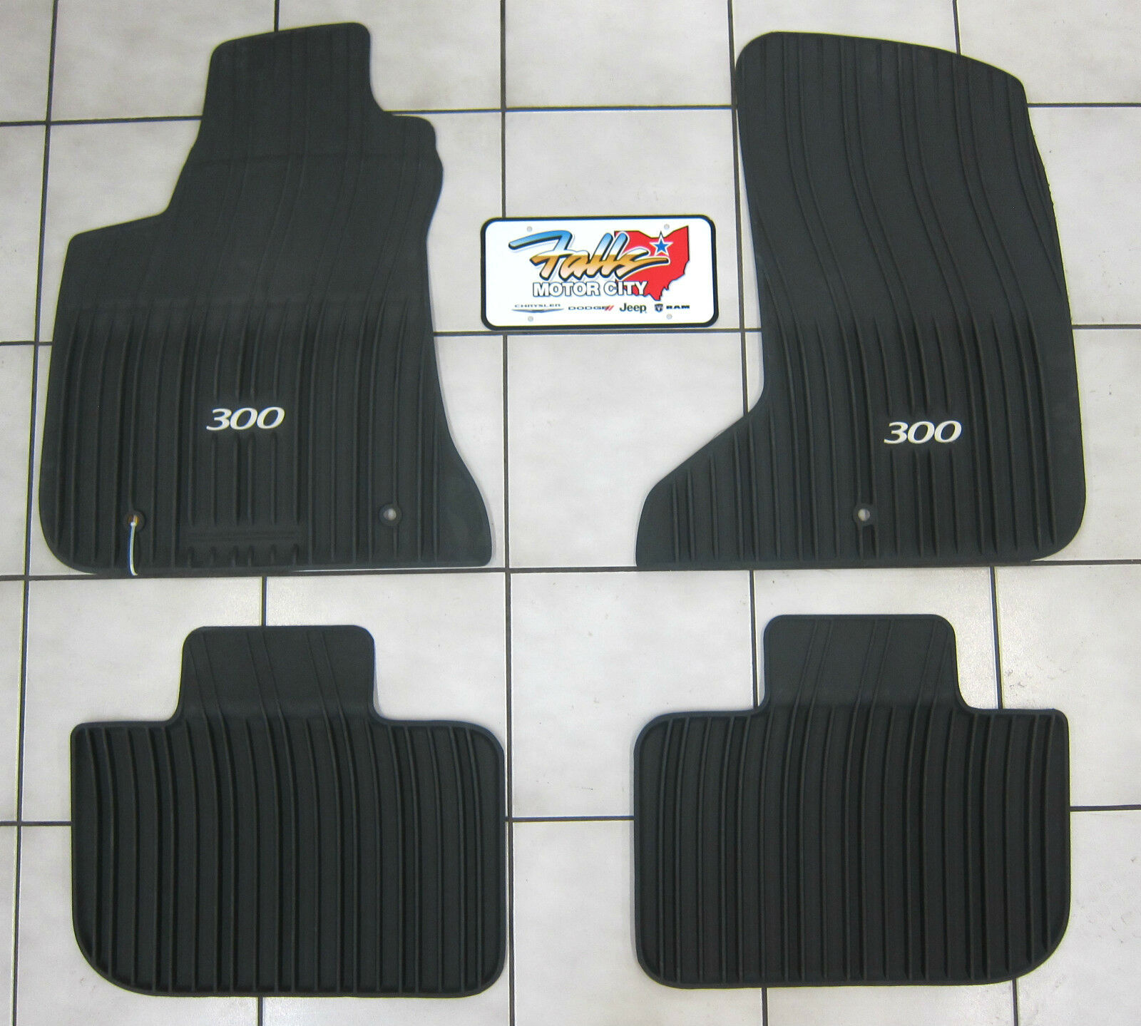2011 2018 Chrysler 300 Awd All Weather Rubber Slush Mats Floor Mats Mopar Oem 82212254 Ebay