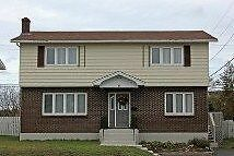 6 Carrick Drive - Executive 4 bdrm home in great  neighbourhood