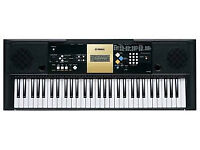Yamaha keyboard YPT220 with keyboard stand