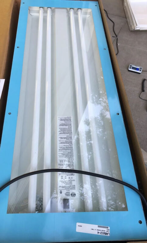 GLOBAL FINISHING SOLUTIONS LABW12-4 Spray Booth Light Fixture, 4 Tube