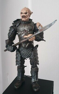 Orc Lord Of The Rings (GOTHMOG MORANNEN ORC COMMANDER Lord of the Rings Toy Biz)