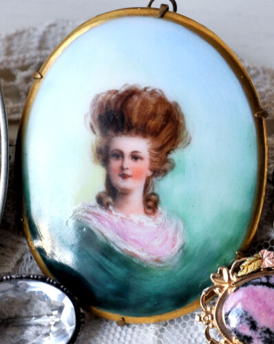 Early 1900s Antique Green Large Cameo Big Brooch Pendant Porcelain One of a kind