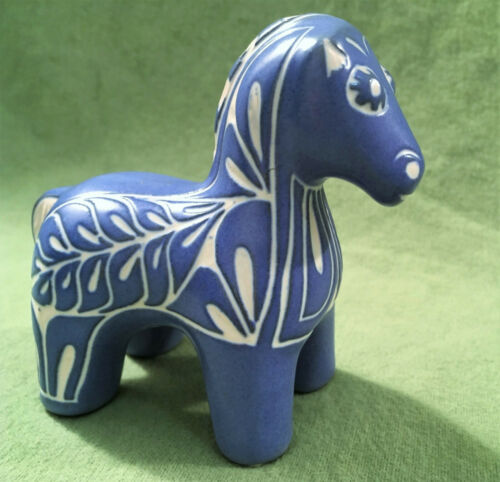 "Pablo Zabal Chile Folk Artist signed ""Blue Zoo"" Pottery Horse figurine, 4 x 3.5"