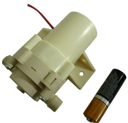 Micro Miniature Quiet Food Safe Plastics Gear Pump 12 Volt DC 1.3 LPM GM1800