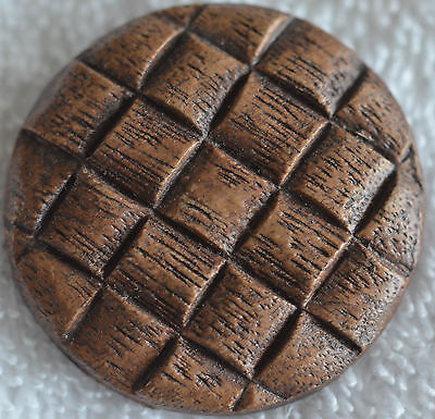 Wd148/  6 LARGE BROWN BURWOOD WOOD BASKET WEAVE BUTTON 1 1/2