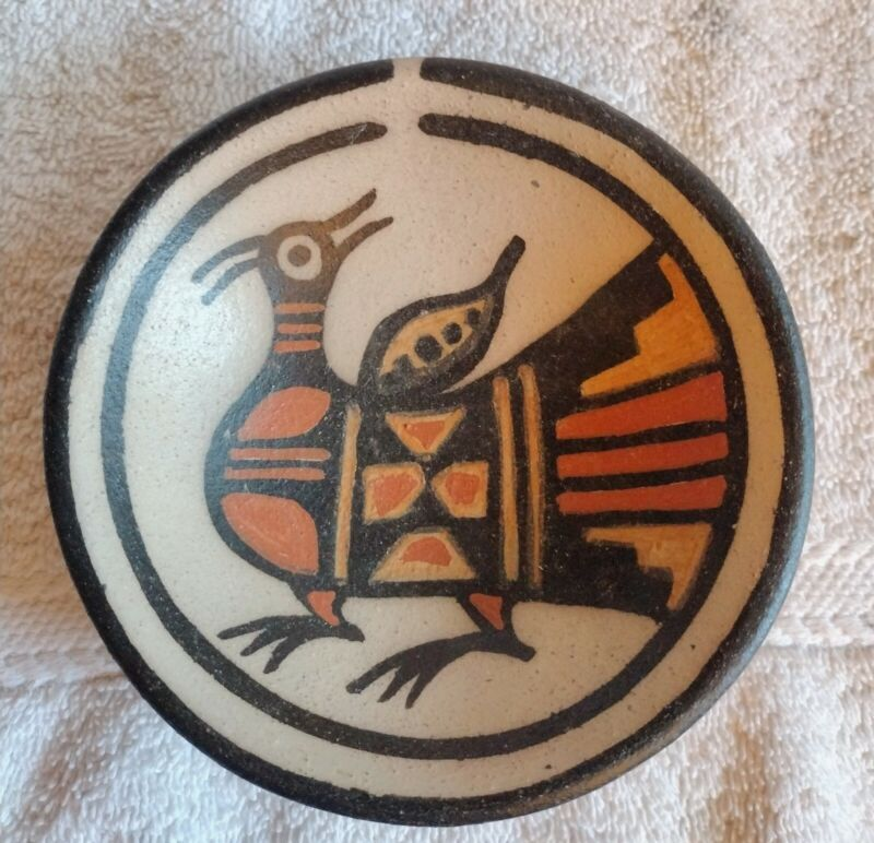Rose Pacheco Kewa Pueblo Pottery Santo Domingo Stylized Bird Design
