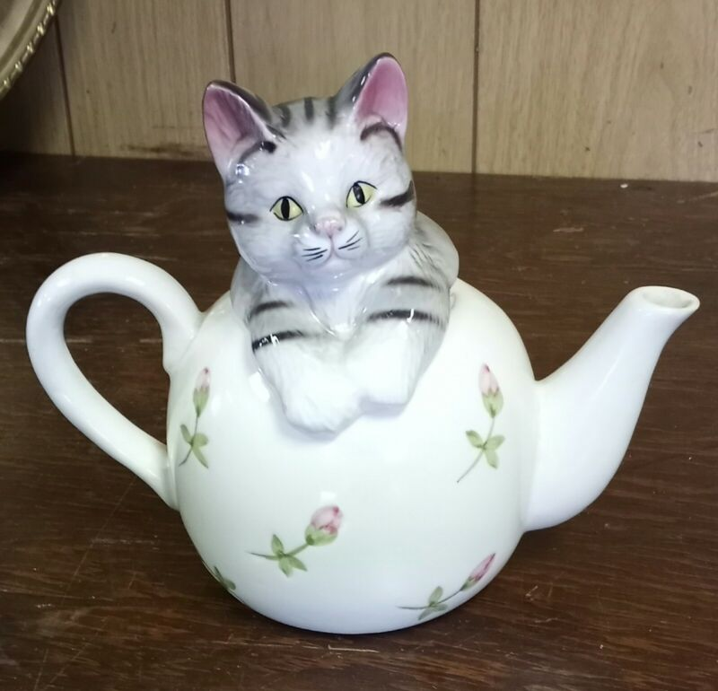 Adorable Cat Teapot Unbranded Pre-owned