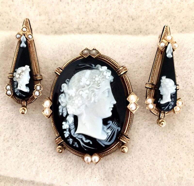 Antique CAMEO BROOCH EARRINGS / Black & White / 14K Gold / circa 1860     (5F92)