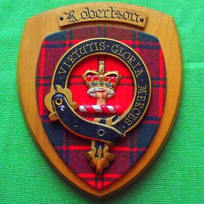 Vintage Nice Old Scottish Carved Oak Clan ROBERTSON Tartan Plaque Crest Shield z