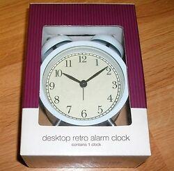 DESKTOP RETRO ALARM CLOCK