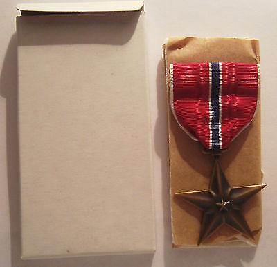 VINTAGE 1944 WW II Bronze Star Medal in BOX