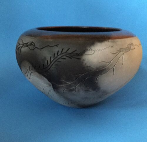 1996 Nancee Meeker Pit Fired Closed Bowl Vase Thrown Earthenware Etched Carved