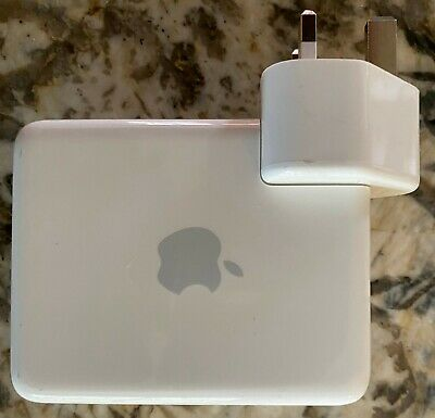 Apple Airport Express with UK Plug,802.11a/b/g/Draft N