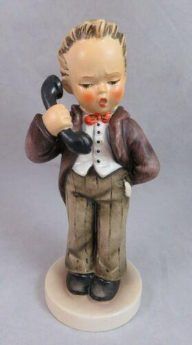 Goebel Hummel - Hello - TMK 6 - Figurine # 124/1 - Boy On Phone