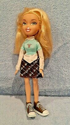 Bratz Class *CLOE* Back to School w/ Original Clothes and Sneakers; RARE 2001