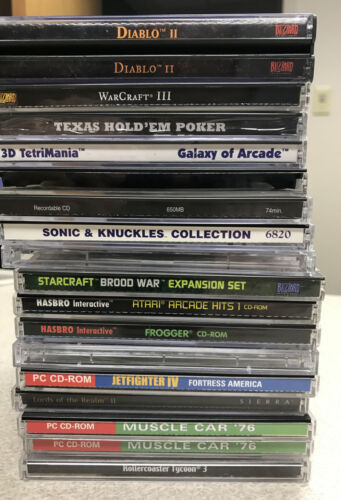 Computer Games - Lot Of 15 CD Rom Computer games Diablo III Warcraft III Forger Sonic And Knuckle
