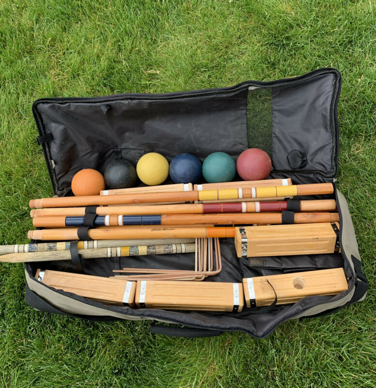 Eddie Bauer Croquet Set Carrying Case Excellent Condition Used Complete