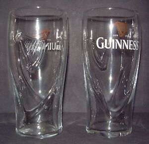 1-GUINNESS-EMBOSSED-HARP-BEER-HOME-BAR-PUB-PINT-GLASS-and-UNUSED-M12-GUINESS-NEW