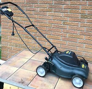 """Yardworks 14"""" 8A Electric Compact Lawn Mower"""