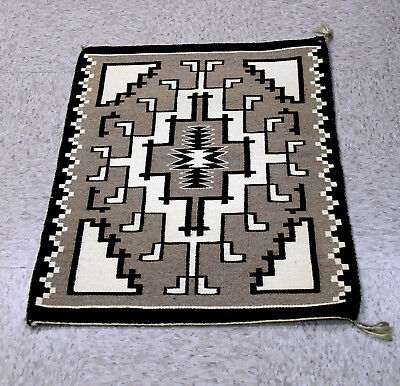 Very Fine and Tight Navajo TWO GRAY HILLS Tapestry Rug 40+ wpi 33
